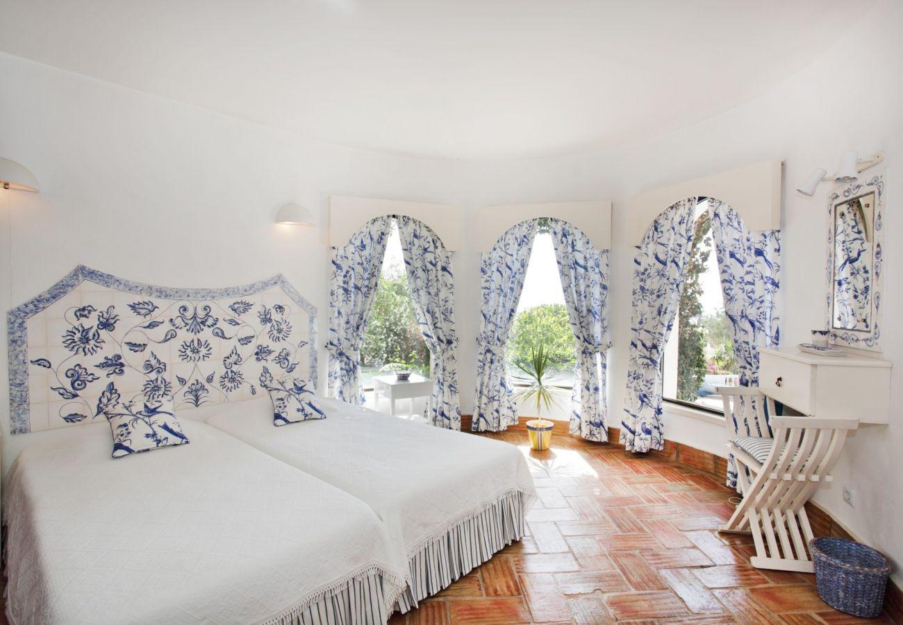 Villa in Luz - Casa dos Gemeos