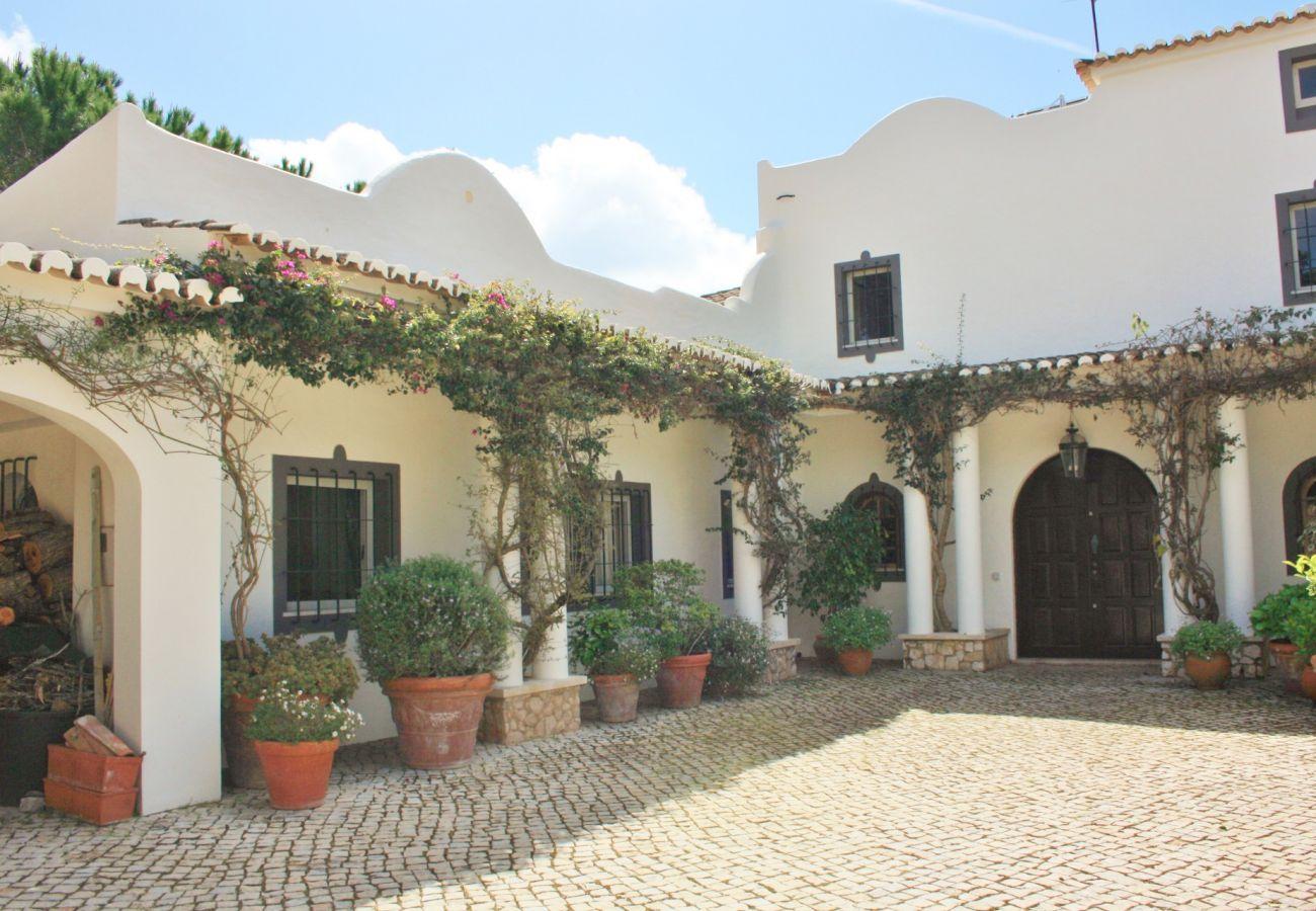 Villa in Lagos - Casa das Flores